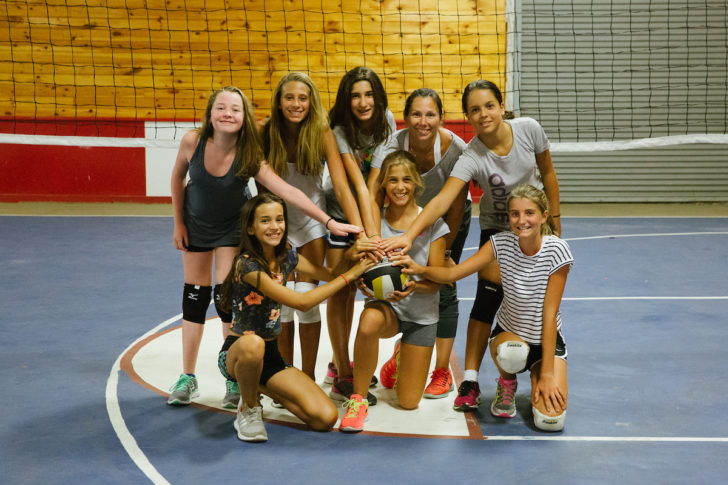 girls-middle-school-volleyball